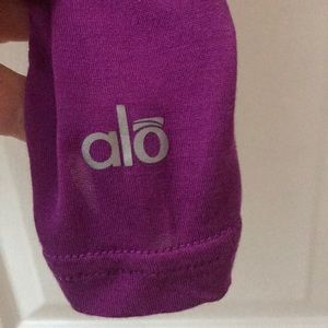Alo yoga open back LS shirt - small